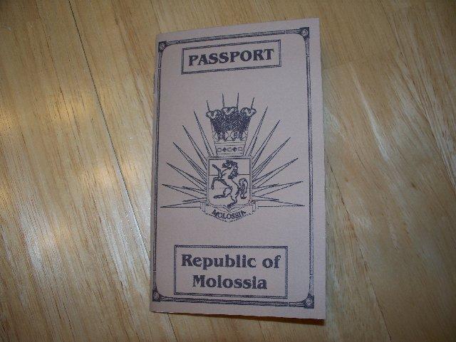 passport1  جمهورية مولوسيا المحششة، اصغر جمهورية في العالم